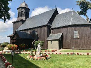 Drewniany kościół w Mórce